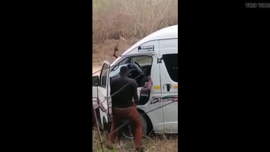 SA Taxi Driver Caught Fucking by the Roadside  Public Sex 1